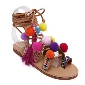 Etno boho sandale s pomponima i resicama