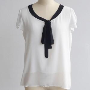 Bluza kratki rukav s crnim mašna ovratnikom