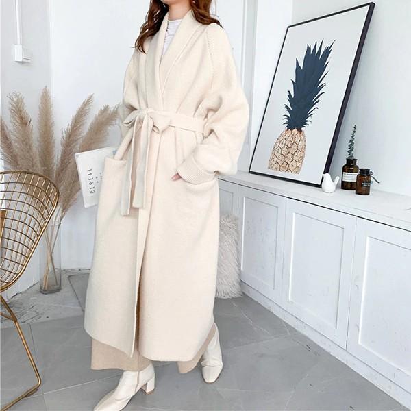 Pleteni kaput srednje duljine s remenom *Limitirana kolekcija*