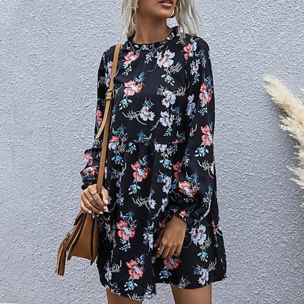Mini cvjetna haljina vrećastog kroja