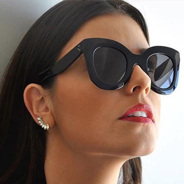 Velike naočale podebljanih okvira