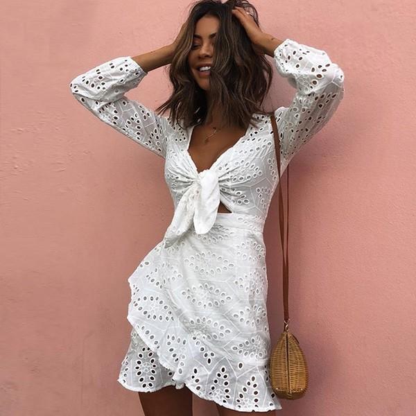 Mini vezena pamučna haljina s mašnom