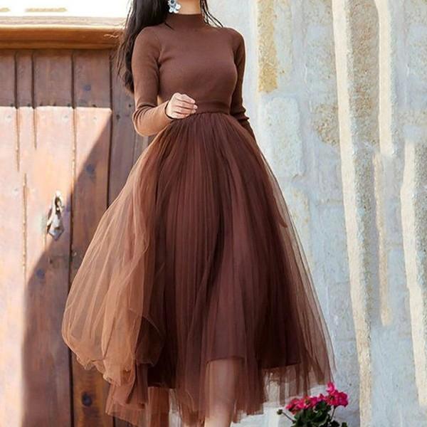 Pletena haljina od tila srednje duljine