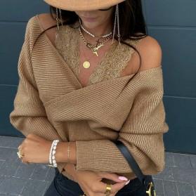 Rebrasta majica s čipkanim bretelama