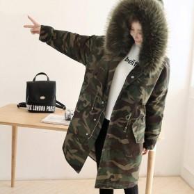 Zimska maskirna jakna s krznom