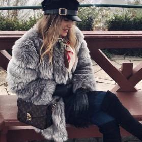 Luksuzna bunda srednje duljine