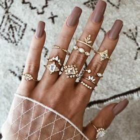 Komplet vintage prstenja od 12 komada