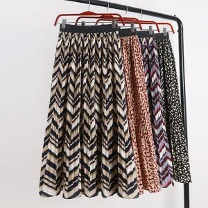 Midi plisirana suknja sa strukom na gumu