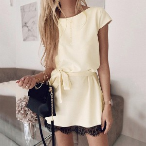 Mini šift haljina s čipkom *Posebna ponuda*