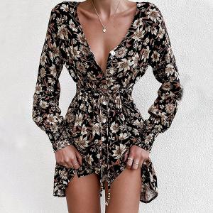 Mini haljina s cvijećem i listovima