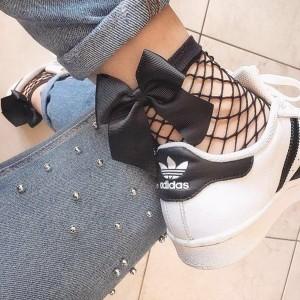 Mrežaste čarape s mašnom