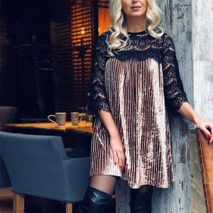 Mini plisirana baršunasta haljina sa čipkom