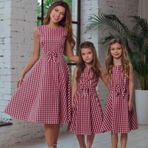 Komplet karirana haljina s mašnom za mame i djevojčice