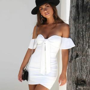 Mini haljina otvorenih ramena s mašnom