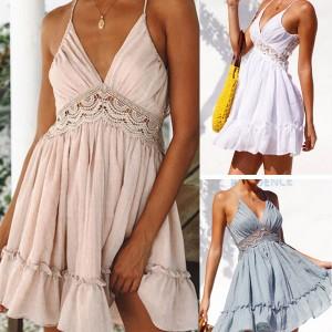Mini čipkana ljetna haljina otvorenih leđa