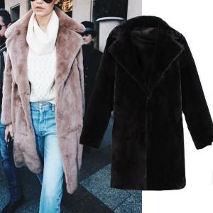 Srednje duga kaput bunda medo krznenog izgleda