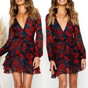 Mini haljina na volane cvjetnog uzorka