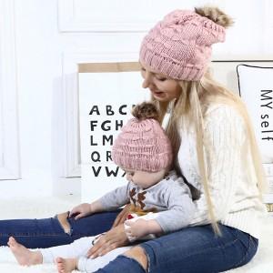 POSEBNA PONUDA! Komplet kapa za mame i djecu s pletenim mašnicama