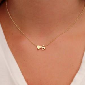 Personalizirana ogrlica sa slovom i srcem
