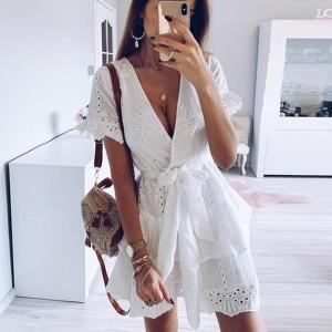 Mini vezena pamučna haljina s mašnom na volane *limitirana kolekcija*