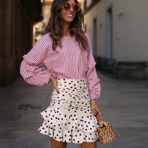 Točkasta mini suknja s naborima