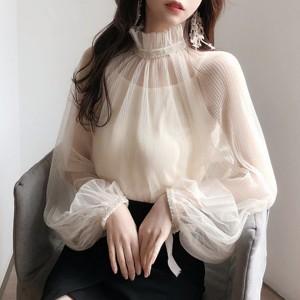 Transparentna bluza s ukrasima na ovratniku i rukavima