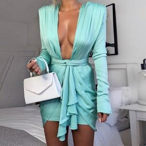 Satenasta haljina s naborima