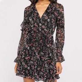 Mini cvjetna haljina zvono rukava na volane
