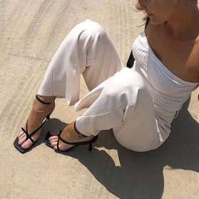 Sandale kockastog oblika s tankim remenjem 4 BOJE