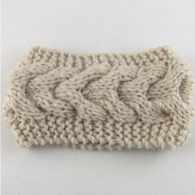 Pletena zimska traka za glavu