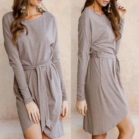 Asimetrična pletena haljina na preklop