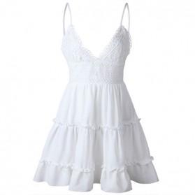 Mini haljina s volanima i kačkanim detaljima