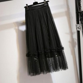 Vintage suknja od tila s biserima