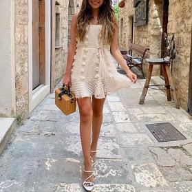 Mini reljefasta haljina s cvjetovima