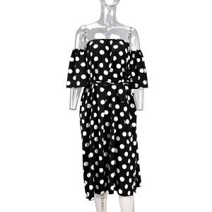Točkasta haljina otvorenih ramena srednje duljine