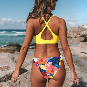 Dvodijelni kupaći kostim cvjetnog uzorka s klasičnim gaćicama 2 BOJE *Limitirana kolekcija*