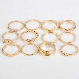 Set od 12 boho mini prstenova