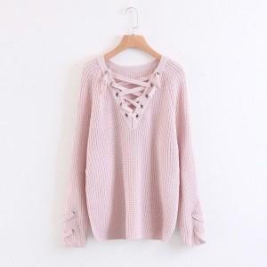 Pleteni pulover s vezicama sprijeda