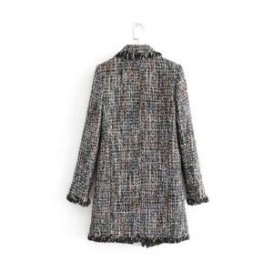 Vintage kaput od tvida s bisernim gumbima