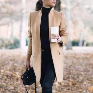 Kratki kaput blazer s džepovima