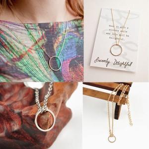 Minimalistička ogrlica s krugom