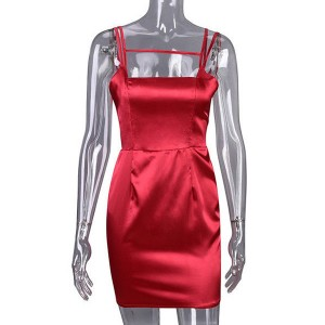 Mini satenasta haljina olovka kroja