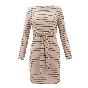 Mini prugasta haljina na vezanje oko struka