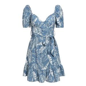 Mini haljina na volane srcolikog izreza