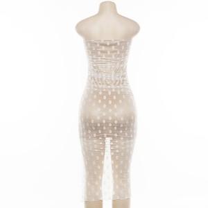 Mini asimetrična točkasta haljina na sitne volane