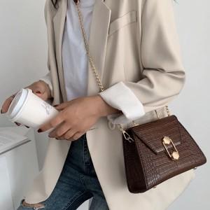 Messenger torbica kroko uzorka s metalnom ručkom