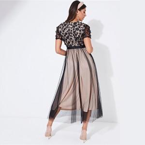 Midi haljina od tila sa cvjetnim uvezom