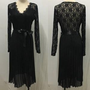 Čipkana plisirana haljina sa satenskom mašnom